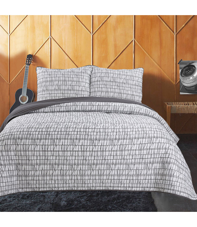 ADRIEN LEWIS LOGAN COLLECTION QUILT SET (MP2)