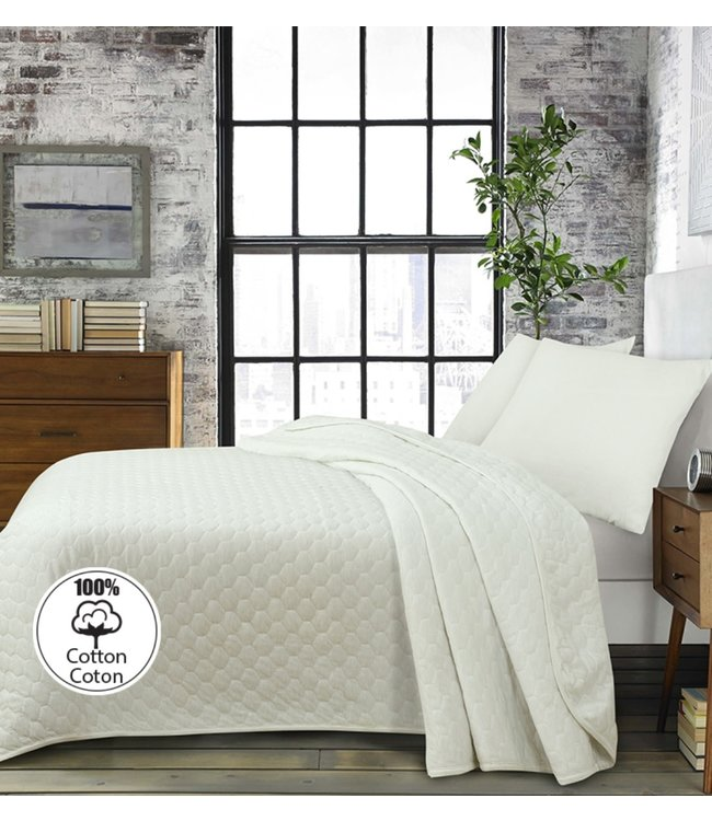 LAUREN TAYLOR KARLSSON COTTON QUILT AST (MP3)