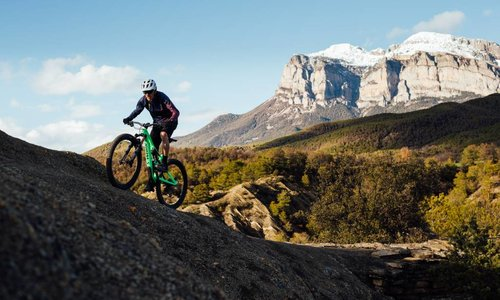 Mens' Mountain Bikes