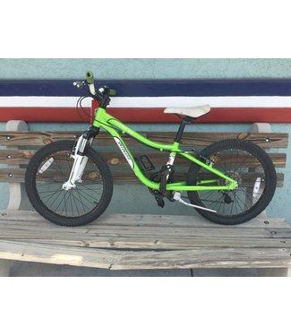 Specialized Specialized Hotrock 20 inch 6 speed green