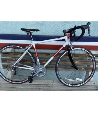 Quest Femme 2013 51 Pearl White