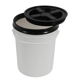 sunlight garden supply Gamma Seal Lid for 3.5 and 5 Gallon Buckets