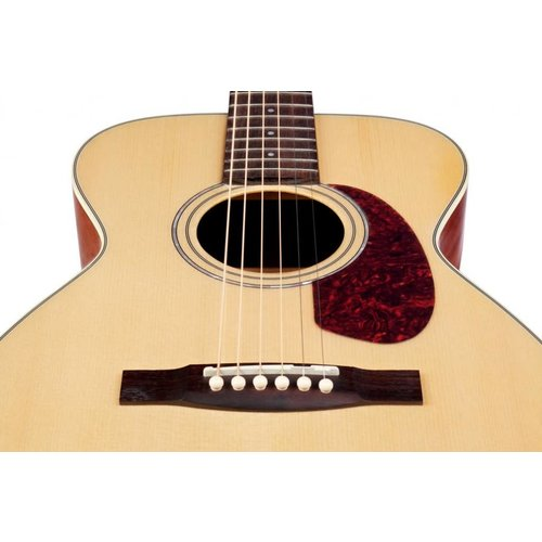 Guild M-140E Natural, Westerly 140 Series All Solid Concert style Acoustic/Electric w/Case