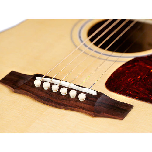 Guild D-40 Traditional, Natural, USA Series, All Solid Mahogany B&S/Sitka Spruce Top, w/Case