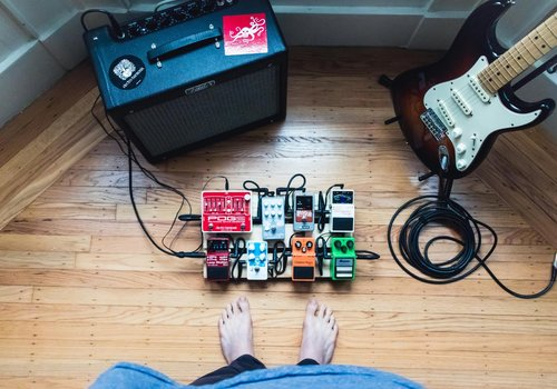 Amplifiers, Pedals & Effects