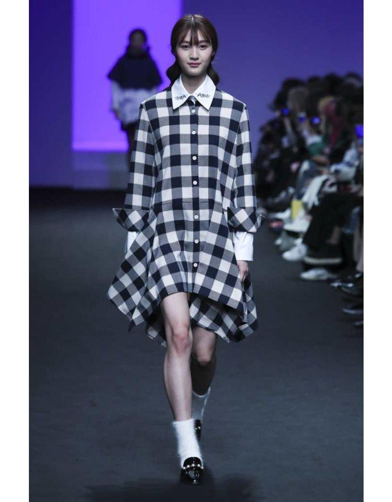 Ti:Baeg Aymmetrical Hem Dress
