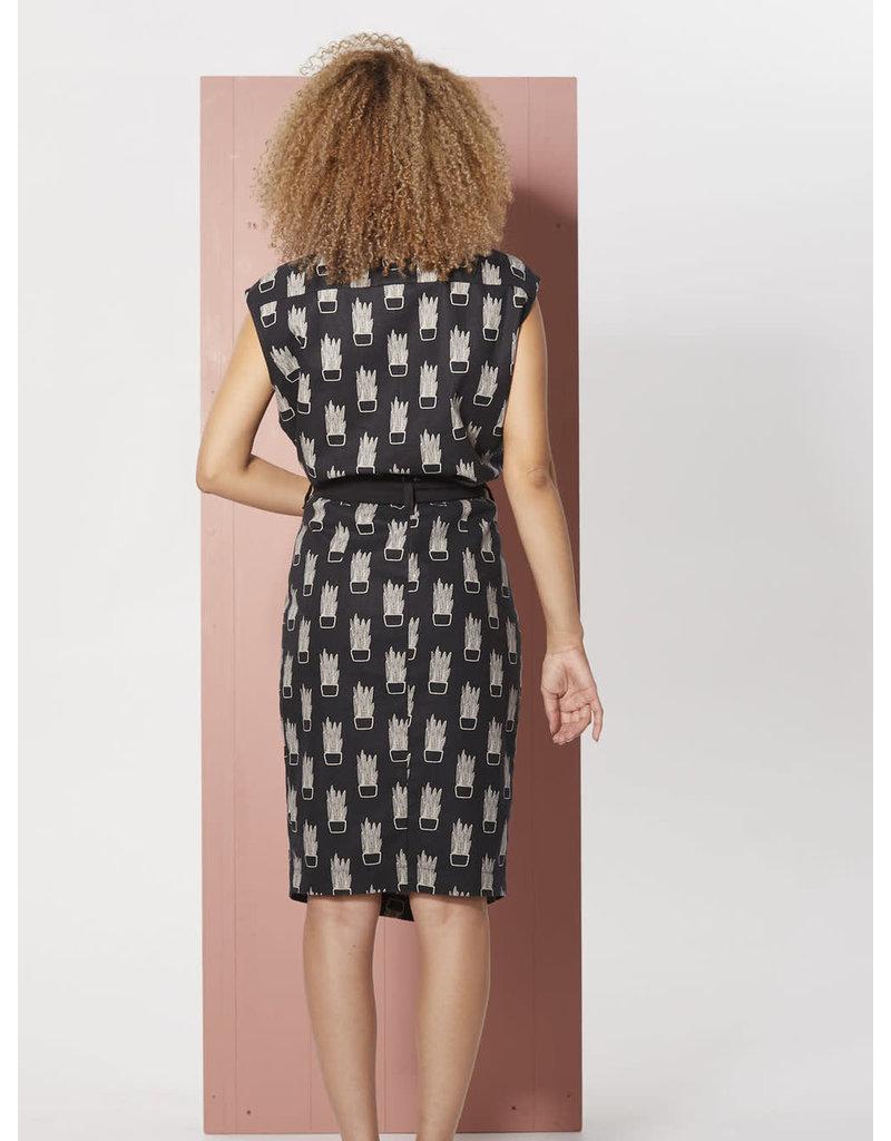 Cokluch Sansevieria Ruched Black Skirt