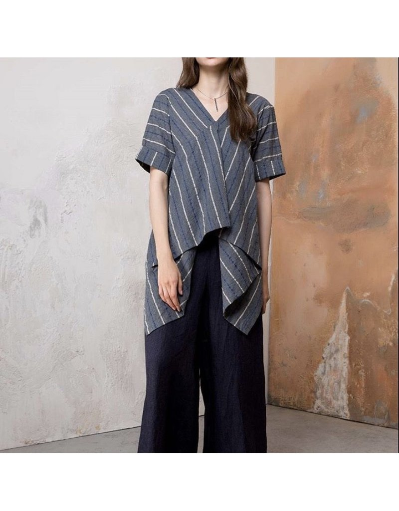 Colour 5 Vneck Long Back Top Grey /Blue Stripe