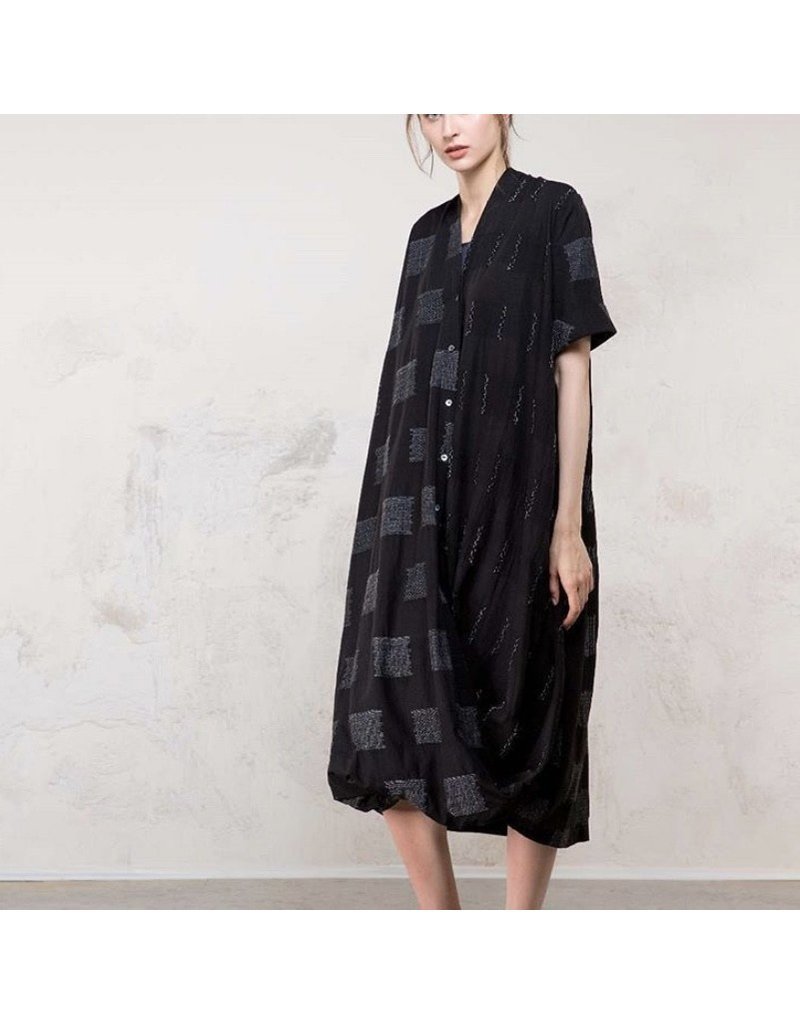 Colour 5 Maxi Button Front Dress Black Print