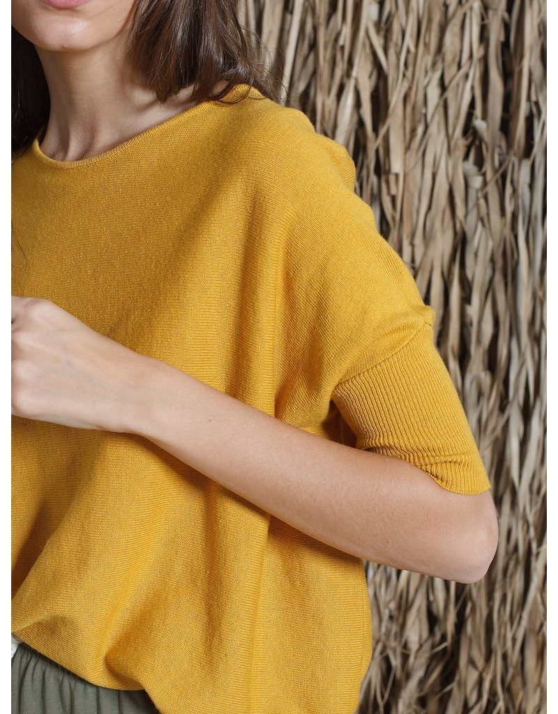Indi & Cold Short Sleeve Sweater Mustard