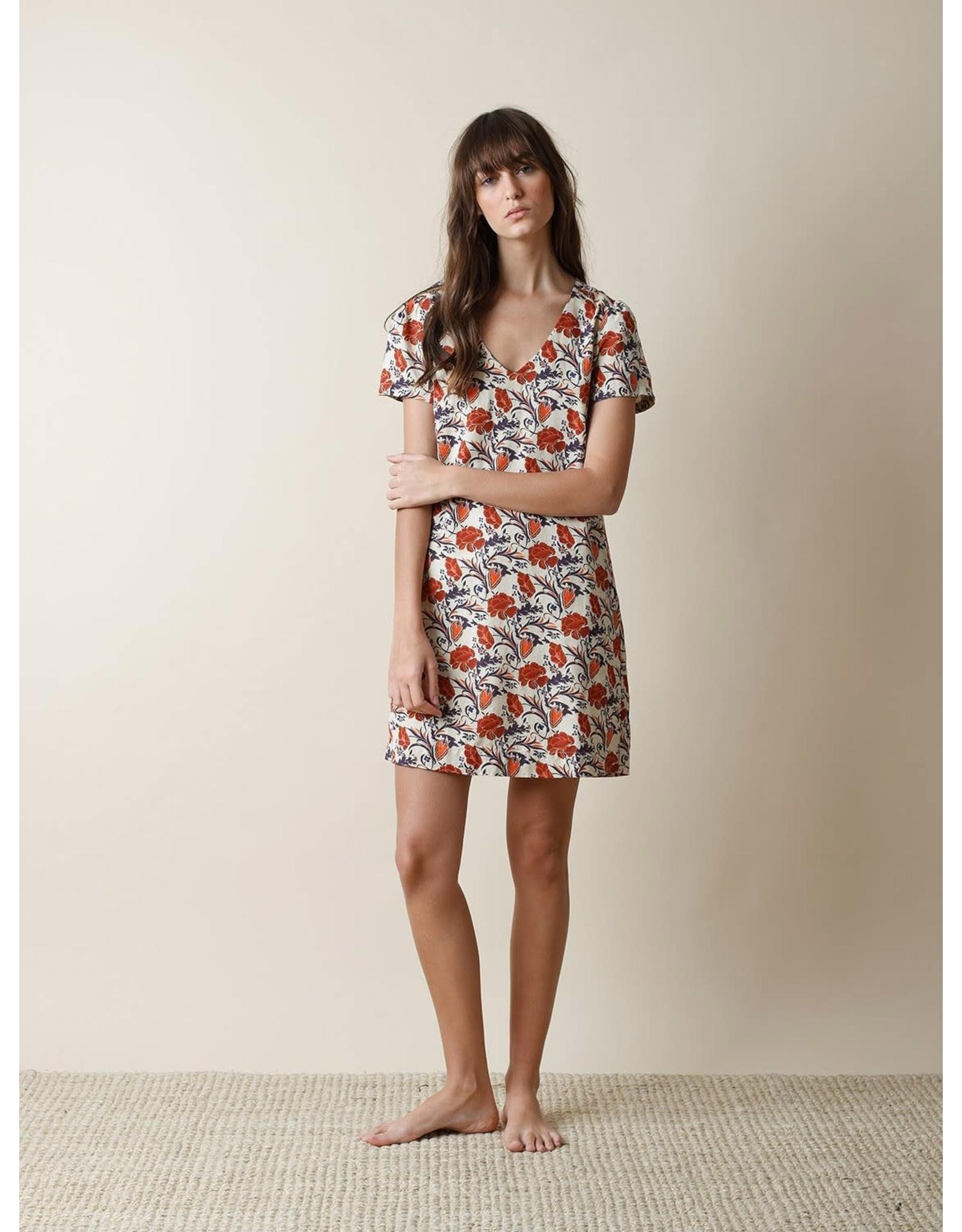 Indi & Cold Vneck Shift Dress Orange Print