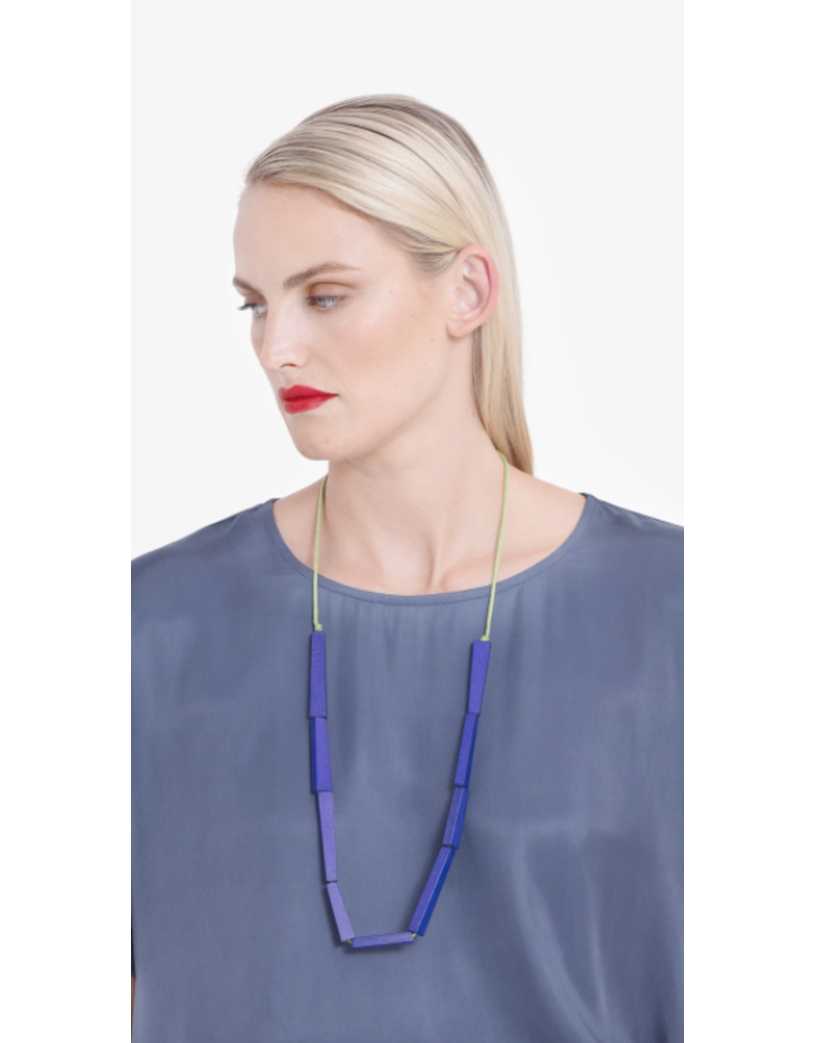 Elk Vakern Necklace Half Blue/Green