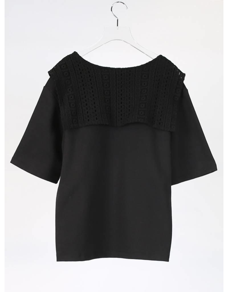 Ti:Baeg Petal Layered Detail Sweater