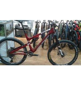 Rocky Mountain Vélo de montagne Altitude Custom Eagle Large Rouge 2016