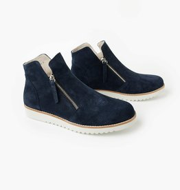 Walnut Morgan Boot Navy Nubick