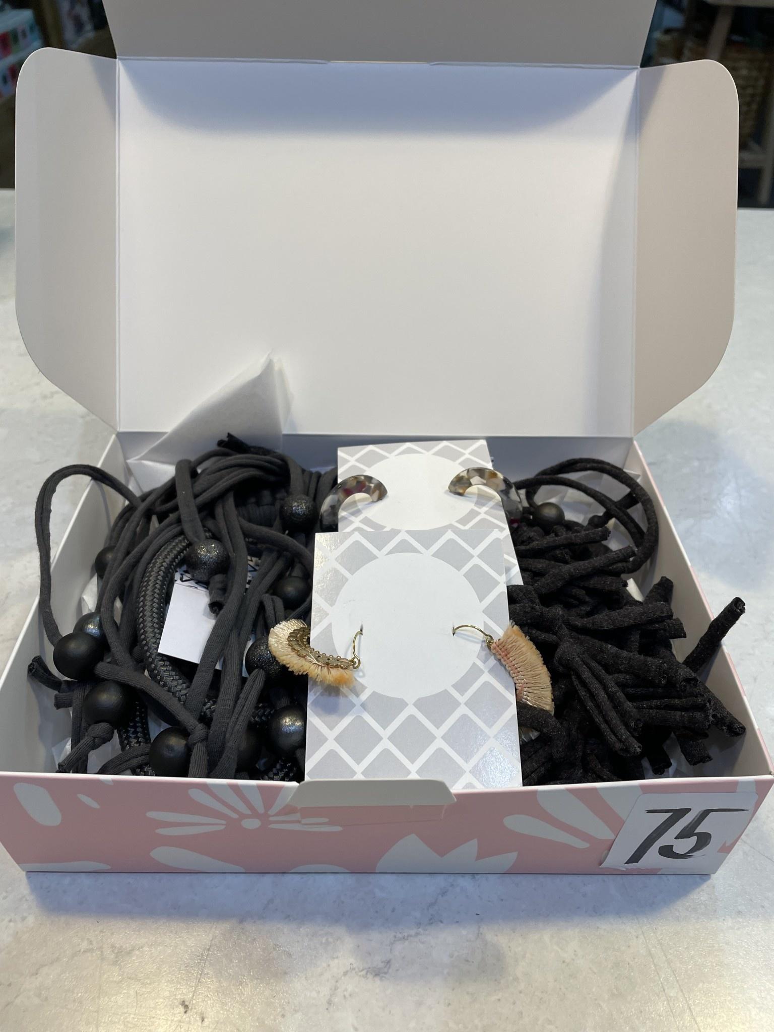 Jewel Box 75