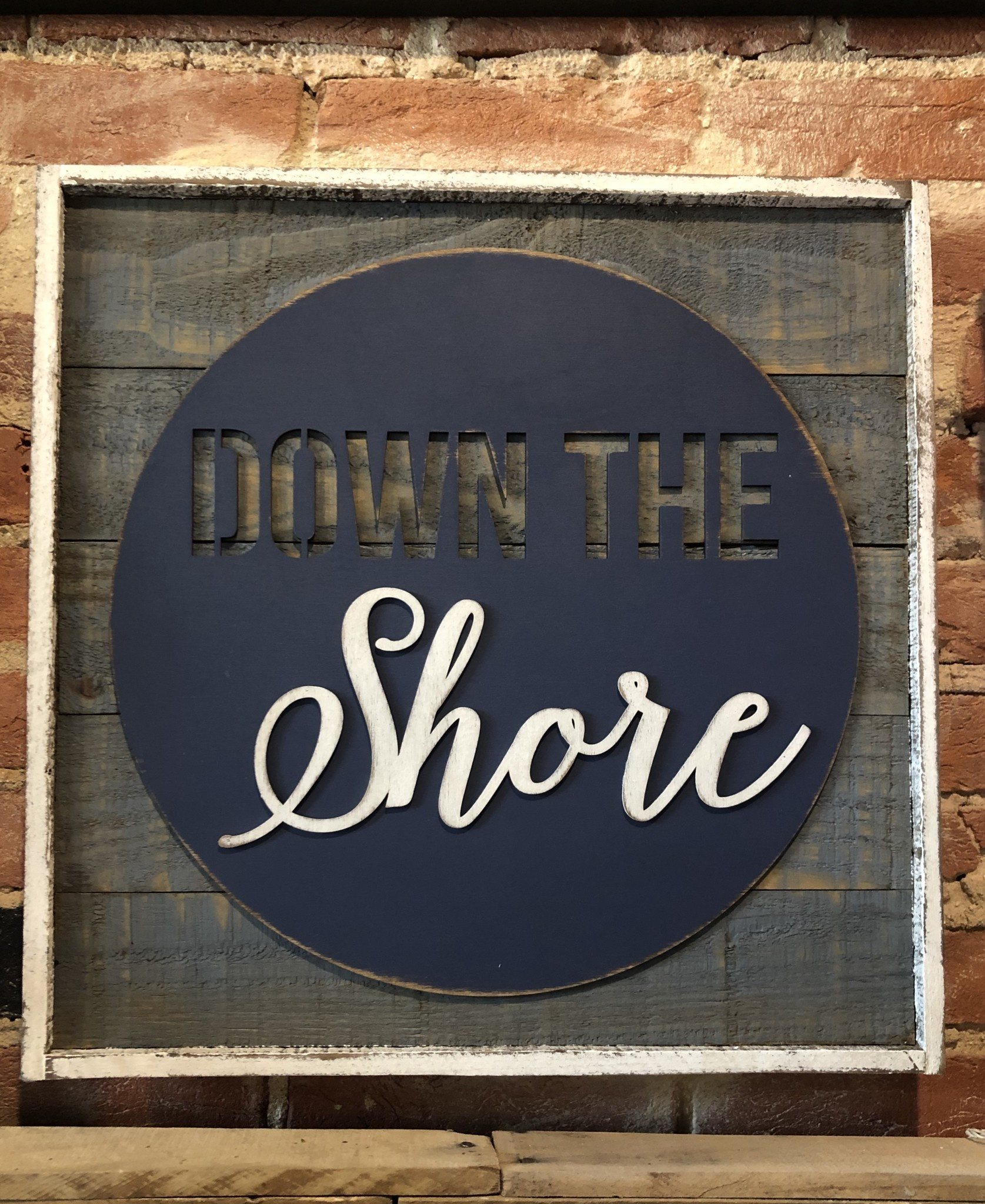 "18"" Framed Pallet - Down the Shore"