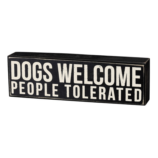 Primitives By Kathy Box Sign - Dogs Welcome