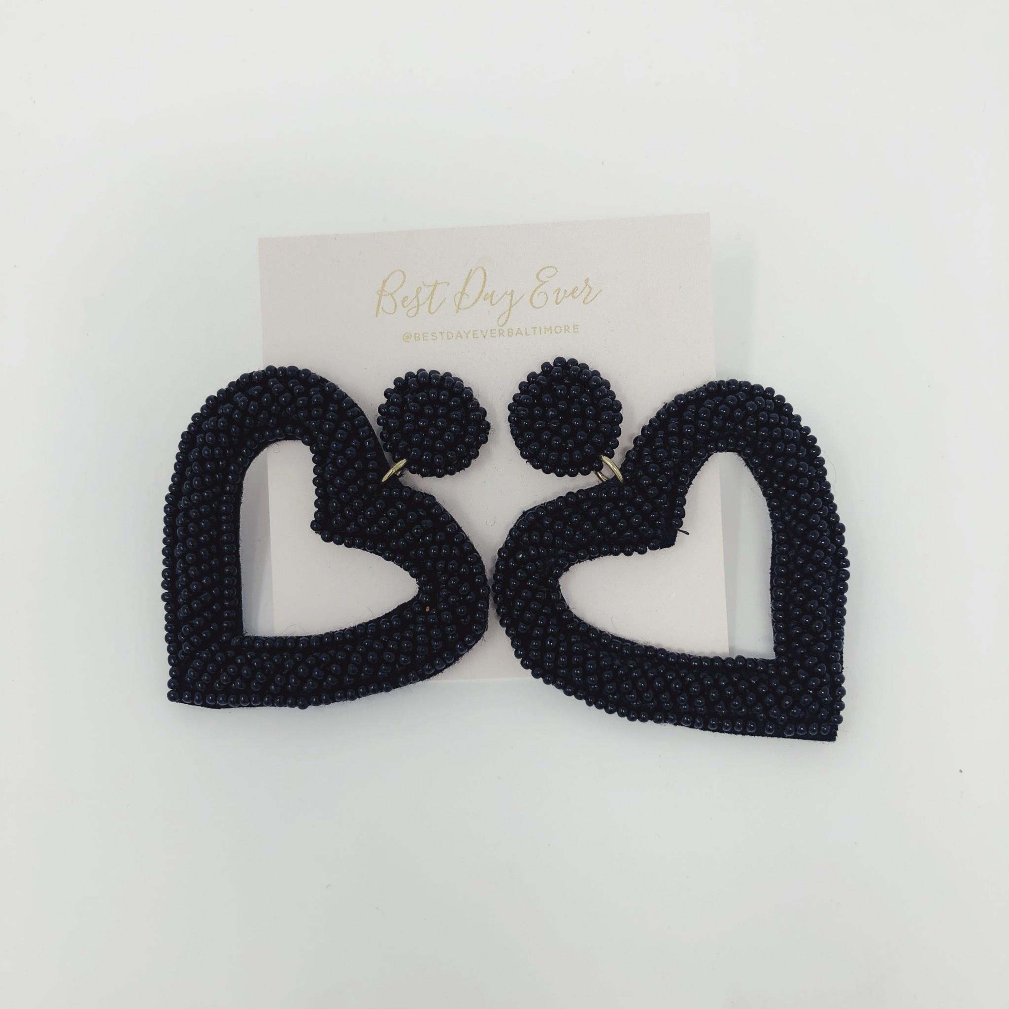Golden Stella Beaded Heart Earrings - Black