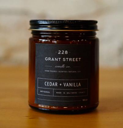 Grant Street Candle Co. Cedar + Vanilla 9oz Candle