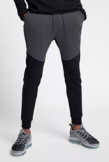 Nike NIKE Tech Fleece Jogger