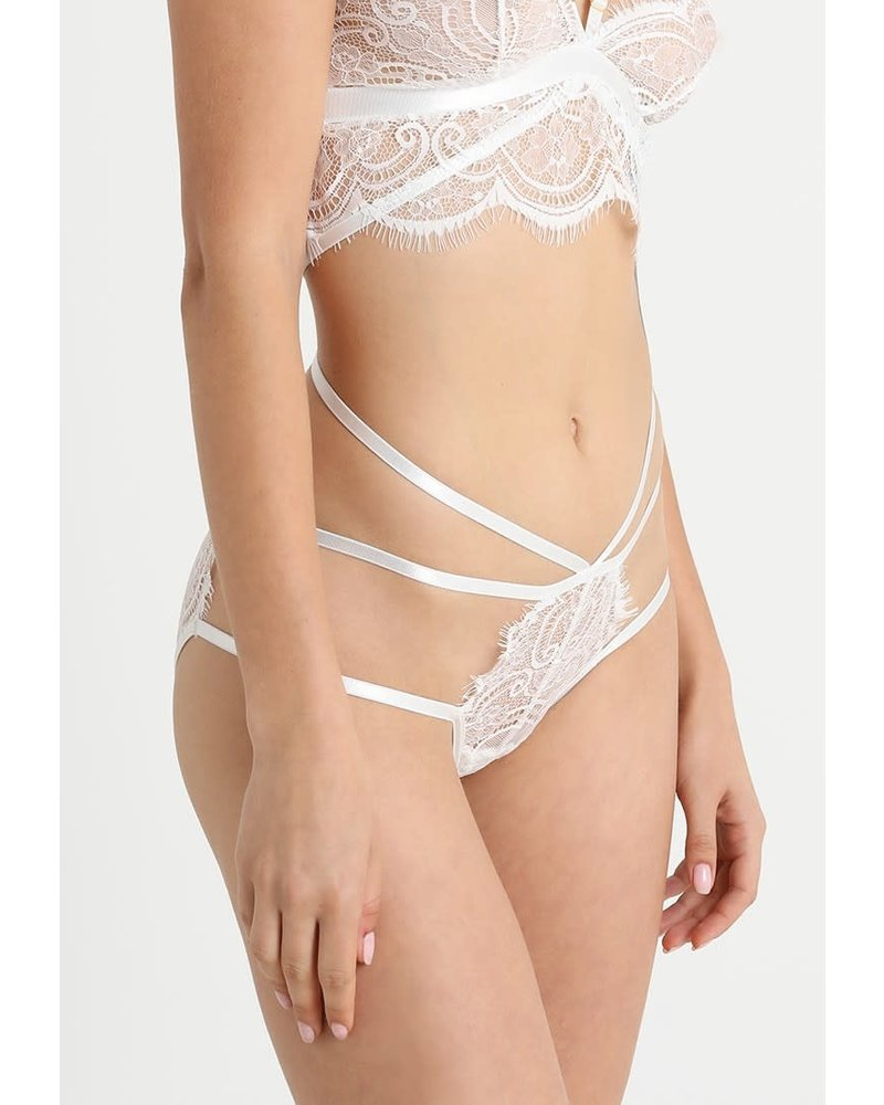 Wolf&Whistle Tanja White Lace Softcup