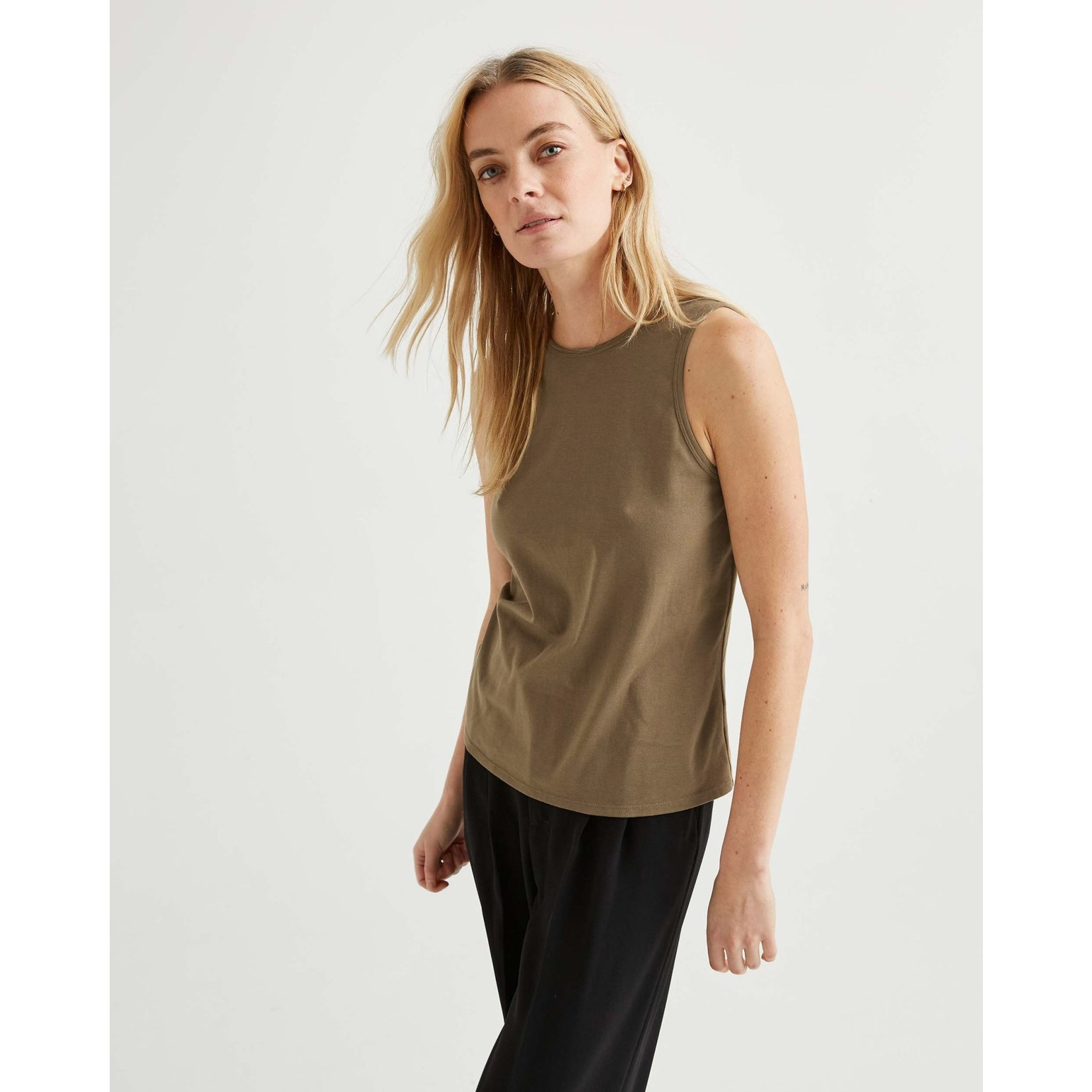 Richer Poorer Backless camisole cub XS