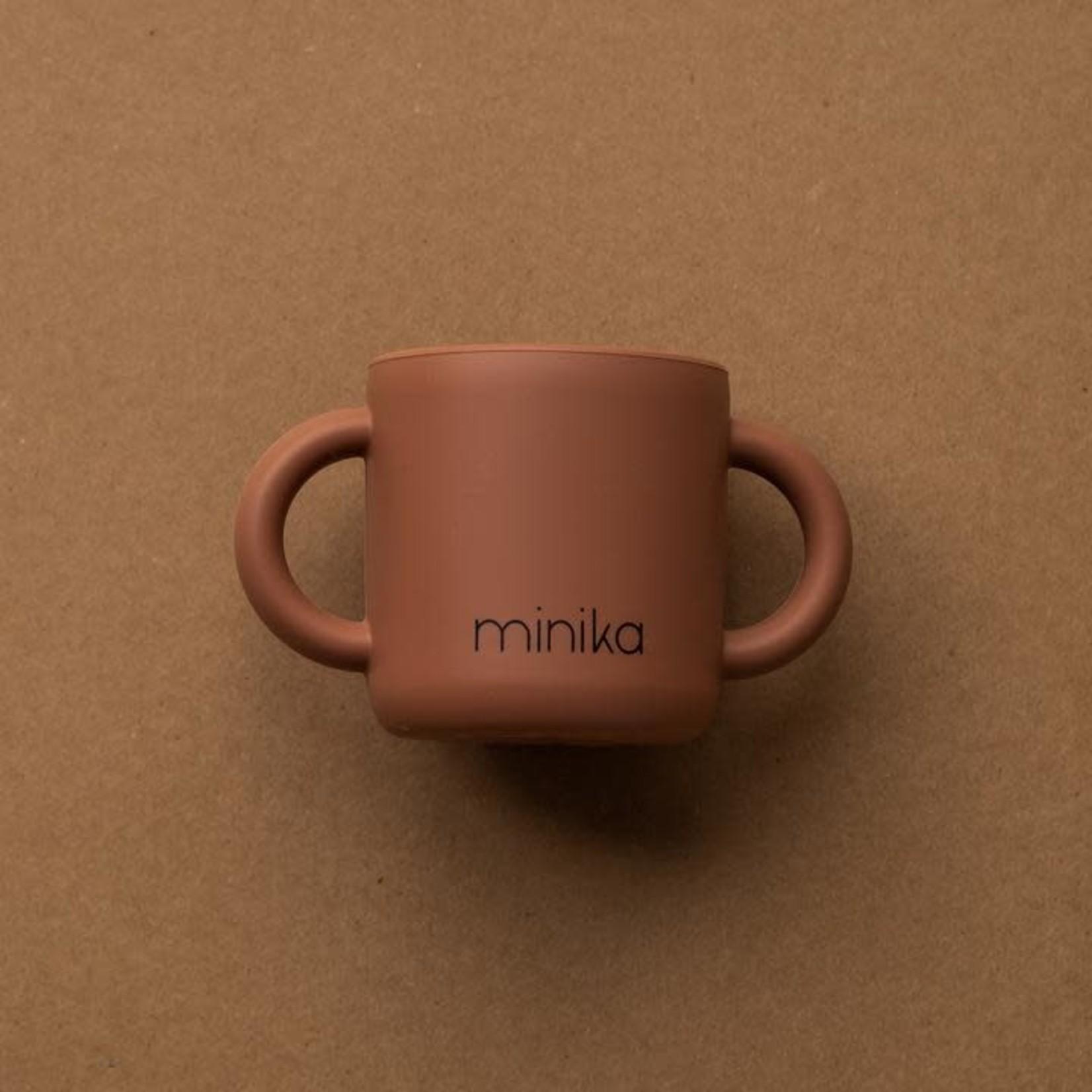 Minika Minika verre d'apprentissage cacao