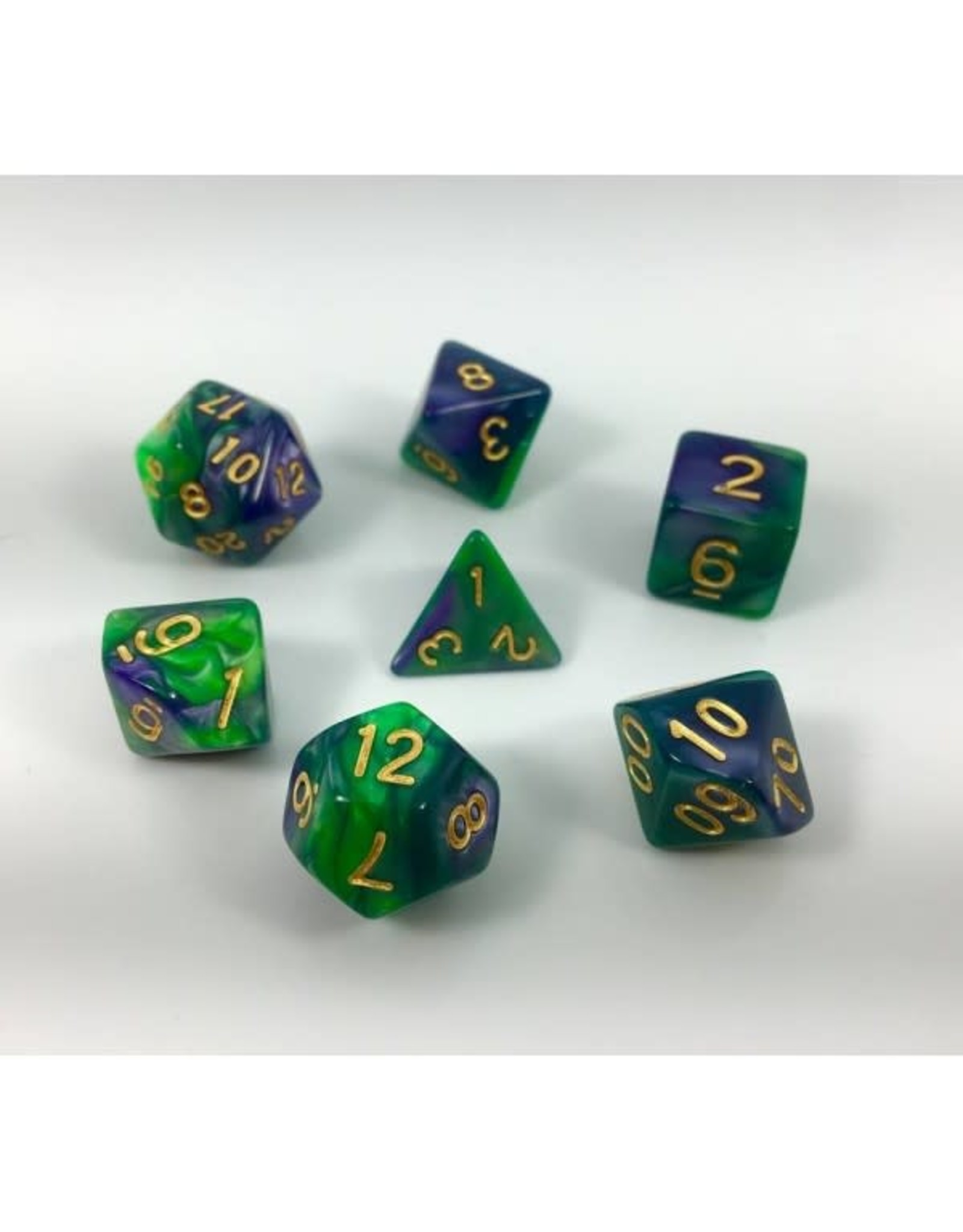 HD Dice, LLC. Blend Green-Purple Poly Dice (7)