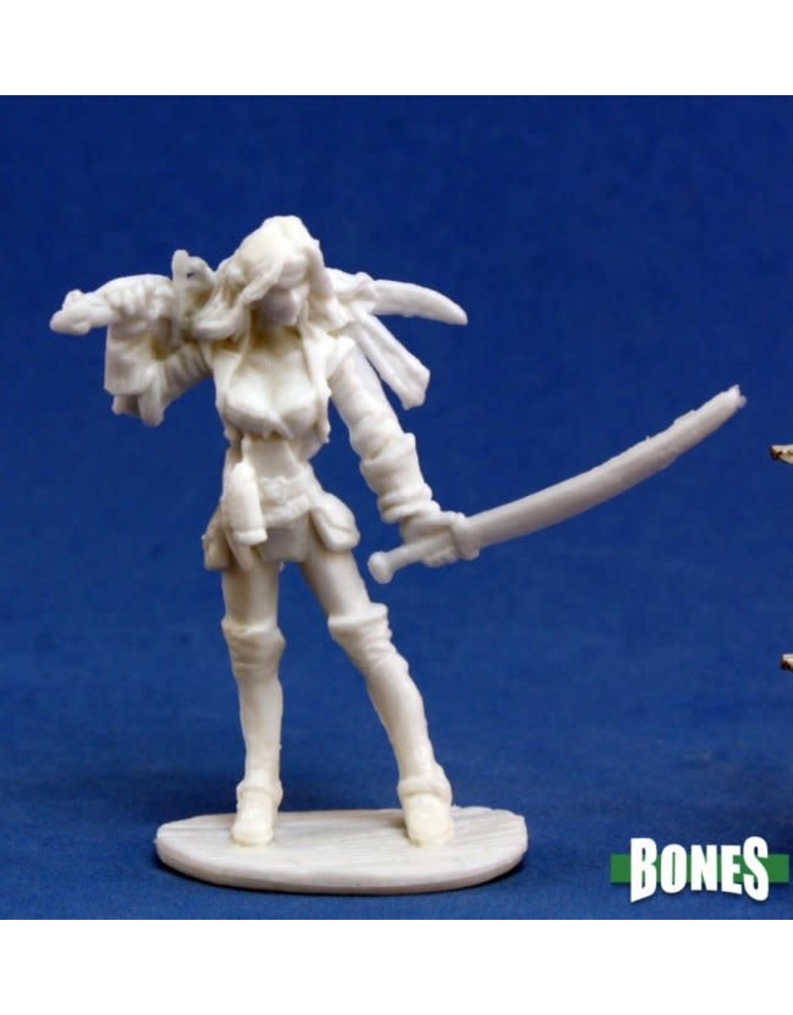 Reaper Miniatures Bones: Finaela, Female Pirate