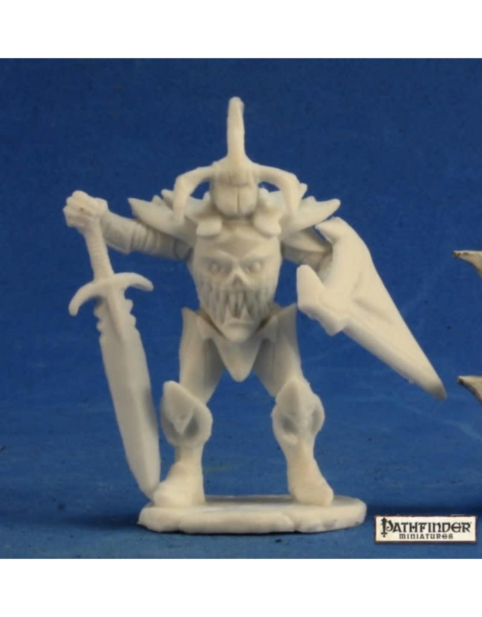 Reaper Miniatures Bones: Pathfinder Anti Paladin