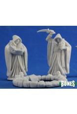 Reaper Miniatures Bones: Cultists and Circle (3)