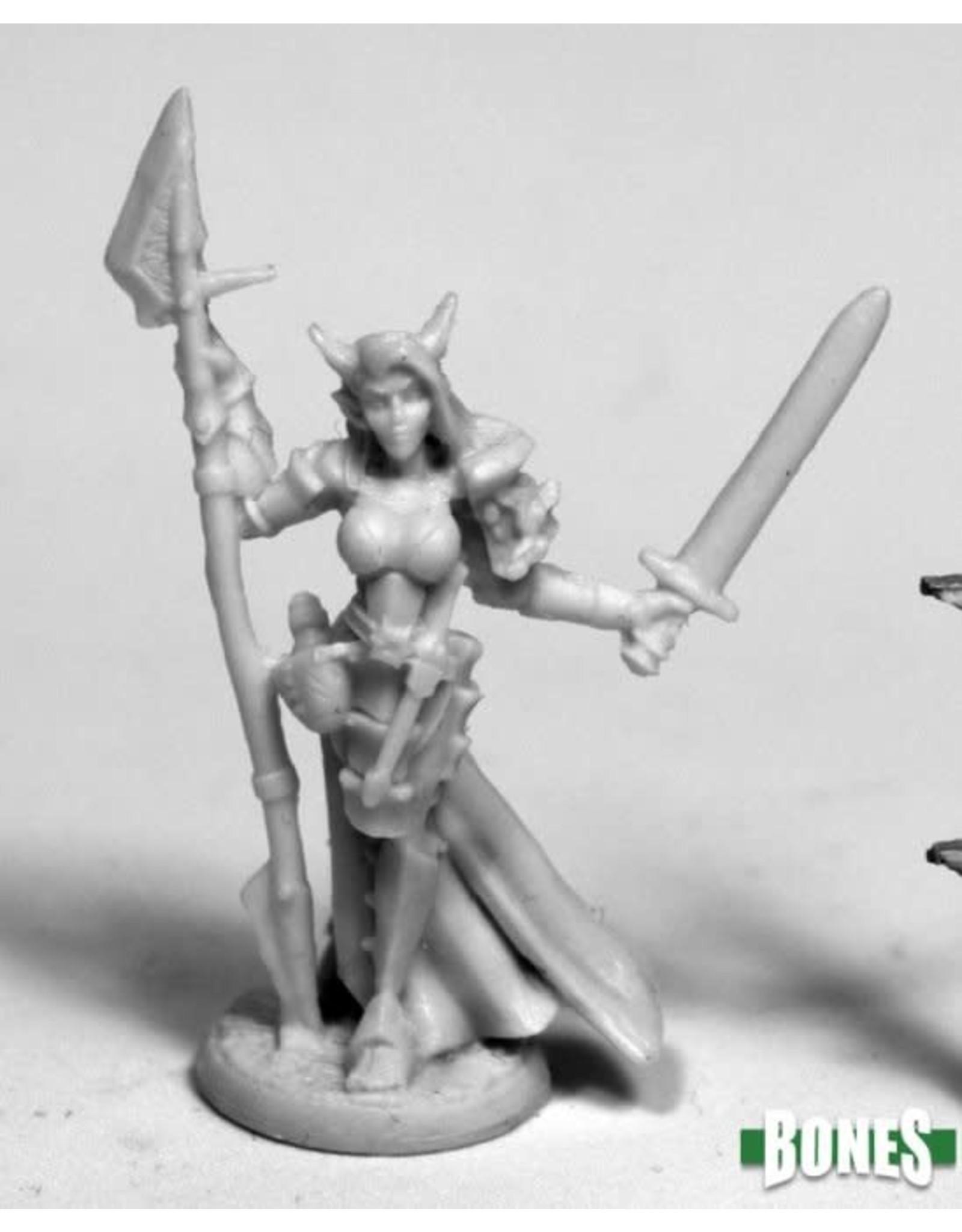 Reaper Miniatures Bones Skara, Female Skoli