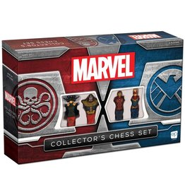 Usaopoly Marvel Collector's Chess Set