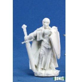 Reaper Miniatures Bones: Isabeau Laroche, Paladin