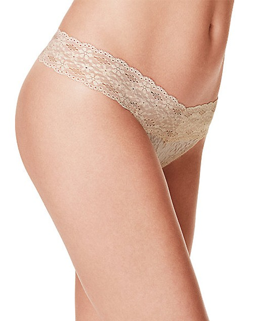 Wacoal Halo Lace Thong 879205