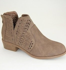 Trusted Heart Side Cut Ankle Booties- Mocha