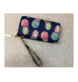SIMPLY SOUTHERN Wallet- Pineapple Pattern