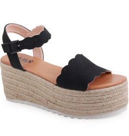 Carry Yourself Platform Band Sandal - Black