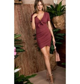 Step On Out Bow Tie Pleated Bodycon Dress - Red Brown