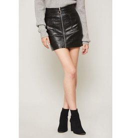 Keeping A Low Profile Textured Vinyl Zip-Up Mini Skirt - Black