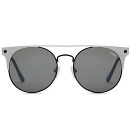 QUAY The In Crowd Sunglasses - Black Silver/Smoke Lens