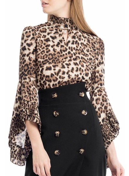 Leopard Printed Top With Ruffle Bell Sleeve