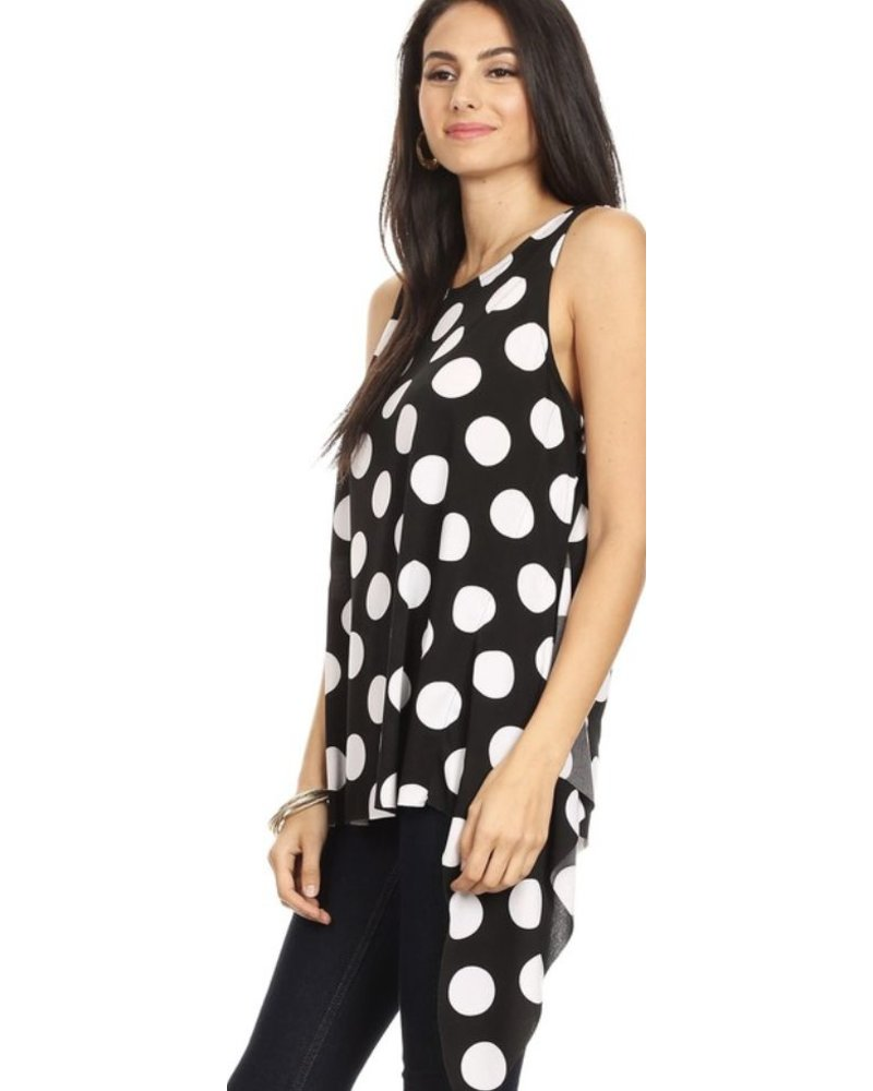 Polka dot print, sleeveless top in a relaxed fit
