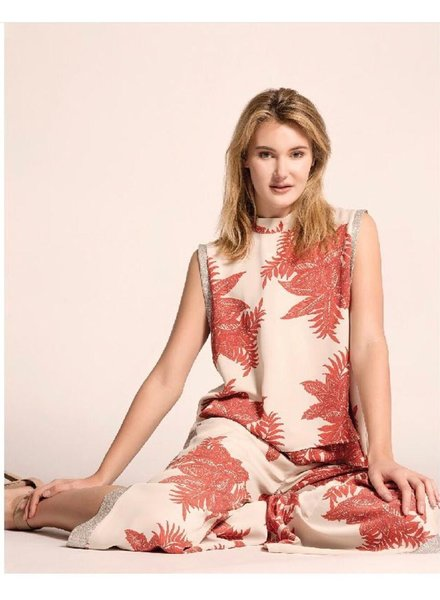 set top and Pant With Leaves Print