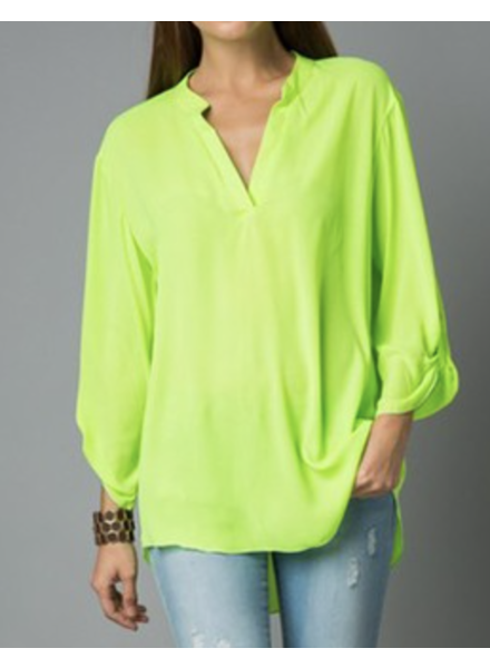 THREE QUARTER SLEEVE SOLID NEON top