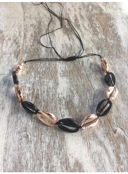 Beach Shell Choker<br /> Black/rose