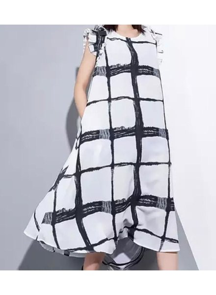 black and white one size dress