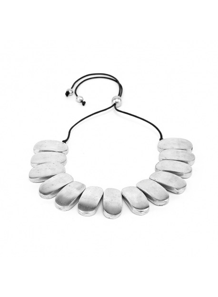 Material: 100% recycled aluminium. Nickel tested jewelry.