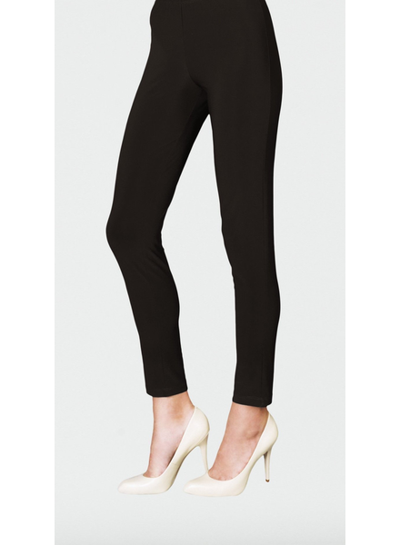 Signature Slim Legging